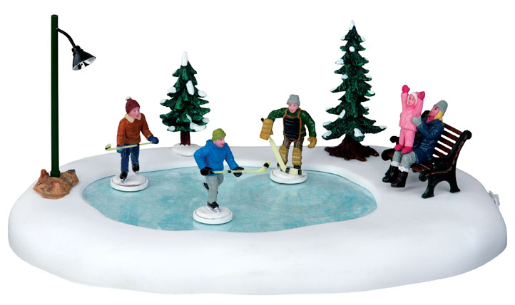 Holiday Hockey  Set Of 8 Lemax Village