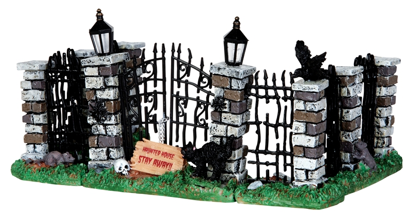 Spooky Iron Gate And Fence, Set Of 5 Lemax Village